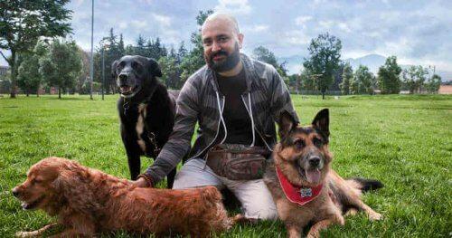 Andrés Carrión, o reabilitador de cães agressivos
