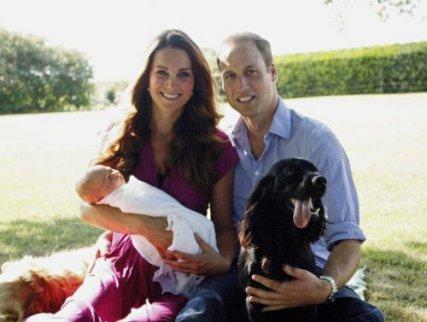 Príncipe William, princesa Kate, seu primogênito George e seu Labrador