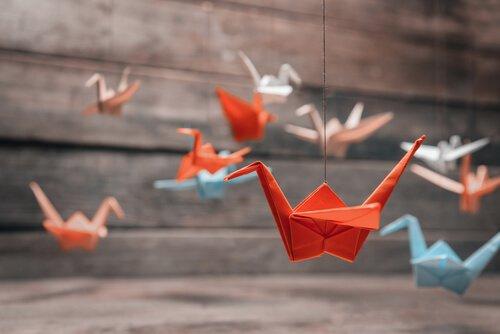 O que os grous de Origami simbolizam?