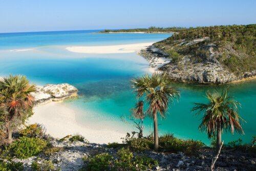 Praias nas Bahamas