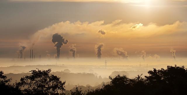 Poluição causada pelas indústrias
