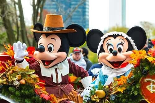 Mickey Mouse, um mascote corporativo