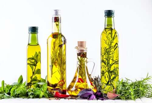 Azeite de oliva e ervas