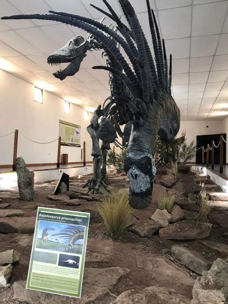 Características gerais dos dinossauros com espinhos